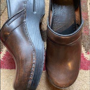 Dansko clogs brown 37